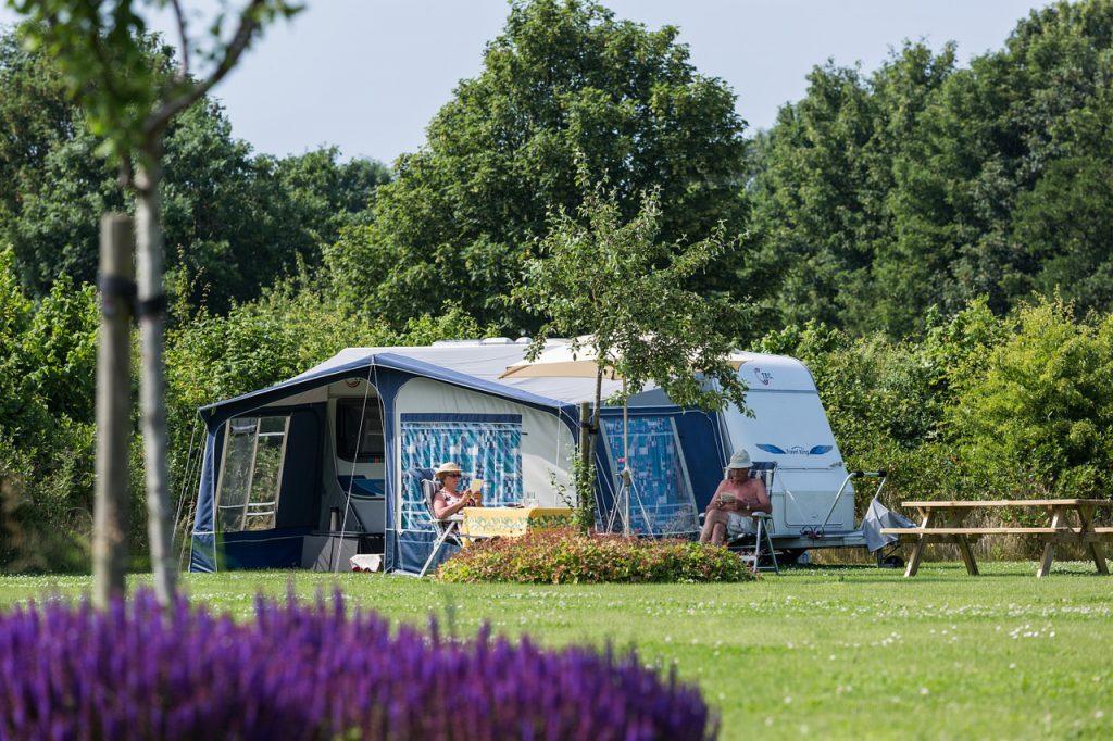 camping aan het water vakantie nederland